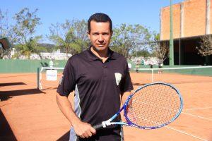 Clóvis Bueno - Técnico ADK Tennis